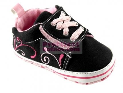 http://www.prettiestbabies.com/270-518-thickbox/11216-skater-sneaker-pink.jpg