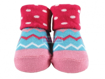 http://www.prettiestbabies.com/346-678-thickbox/baby-socks-girl-zig-zag-design.jpg