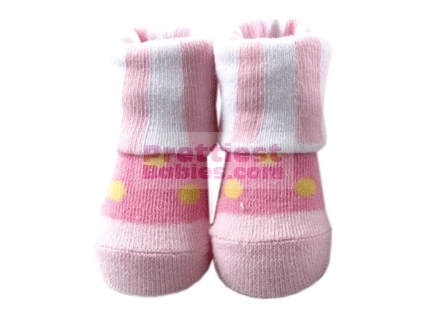 http://www.prettiestbabies.com/350-682-thickbox/baby-socks-girl-beautiful-dot-design.jpg